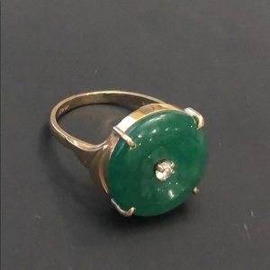 Jewelry - 🎉Price Drop🎉Gold & Jade ring w/ Diamond sz7